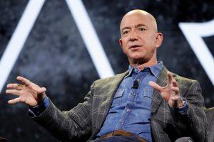 Jeff Bezos avoids income tax