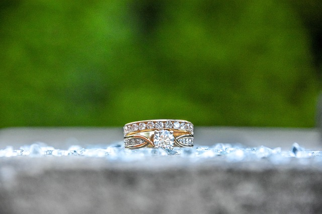 What Are The Things You Need To Know About Engagement Rings