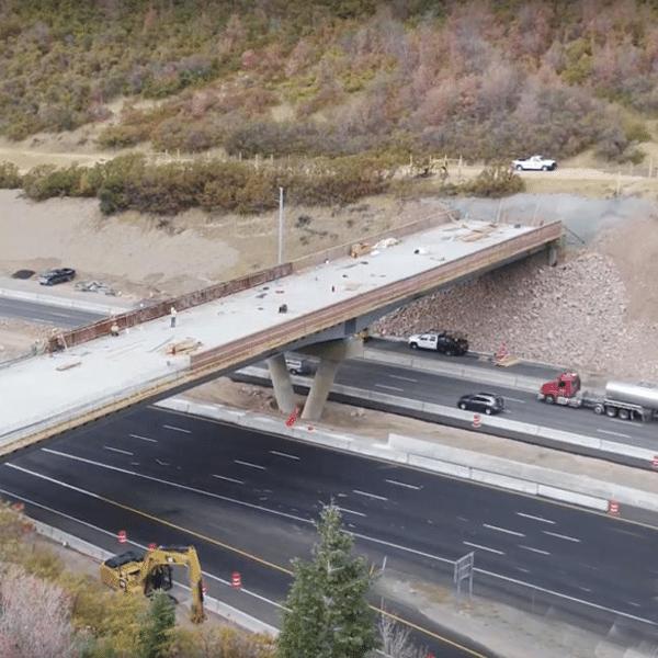 The World's First Animal Pass-Through Bridge Over Utah's Highway