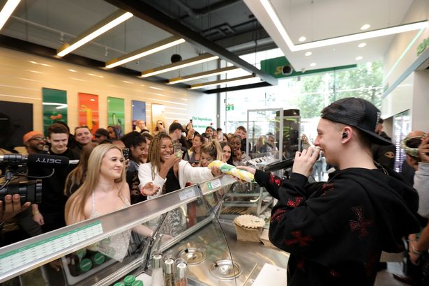 Rapper Aitch delights fans with a surprise lunchtime performance at a SUBWAY restaurant.